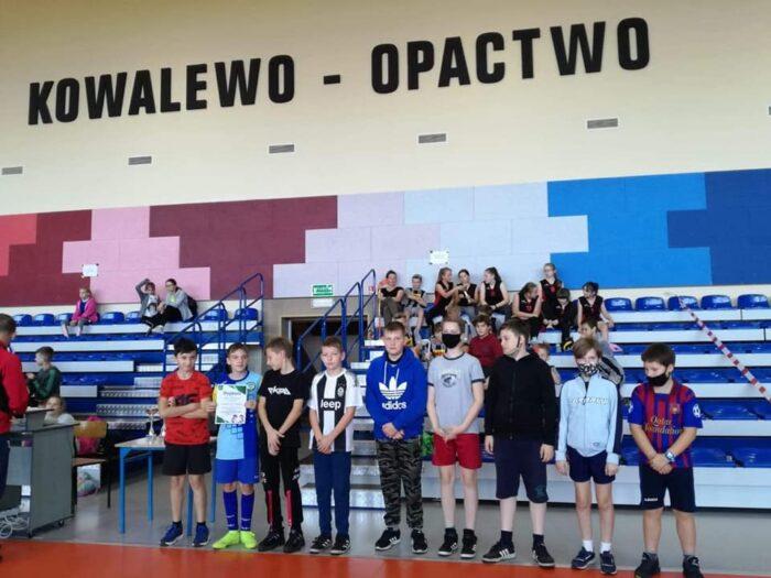 Drużyna chłopców ze Szkoły Podstawowej w Koszutach